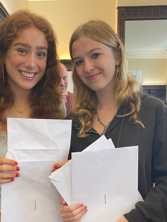 Abbot's Hill School celebrate outstanding achievements of Year 11 pupils'