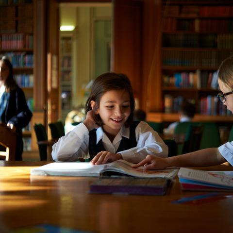 Beechwood Park Pupils Love Reading