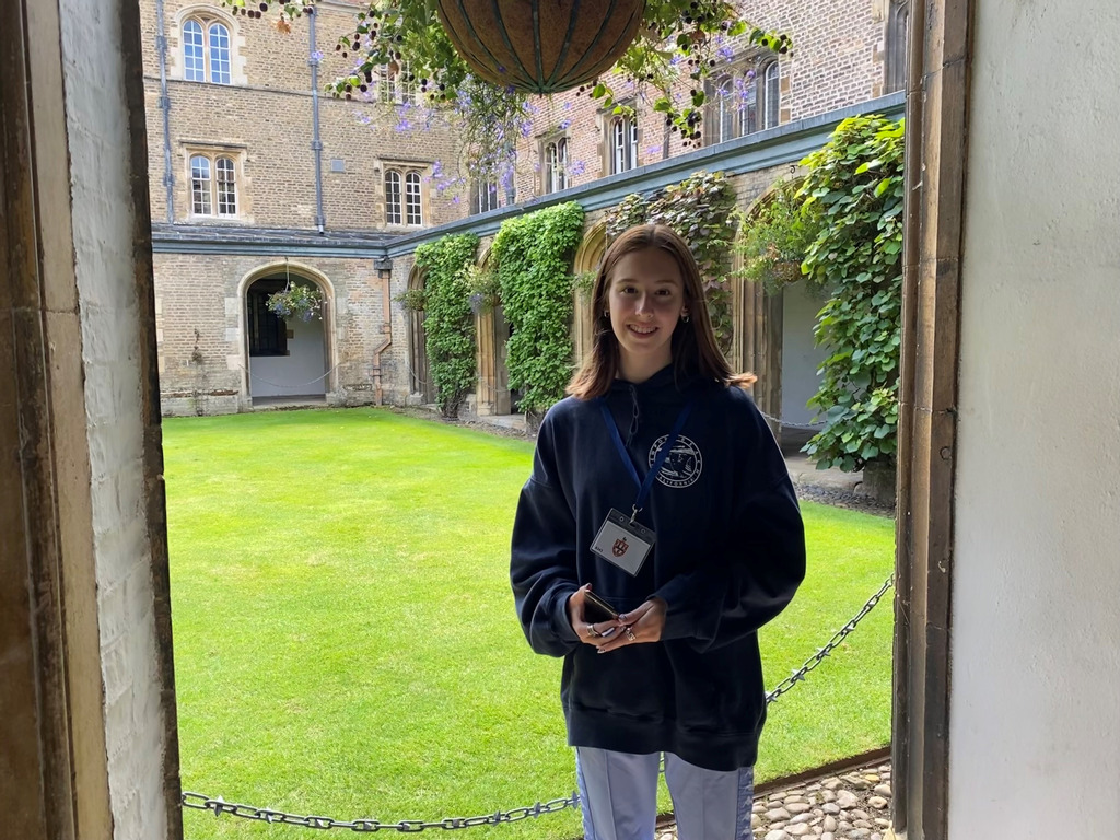 A wonderful insight into medicine and Cambridge for Monmouth student