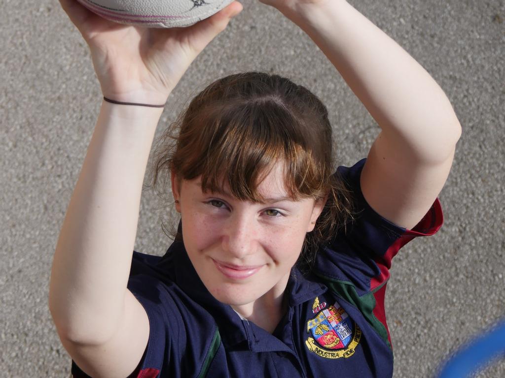 A Harrogate schoolgirl is literally aiming high in Netball