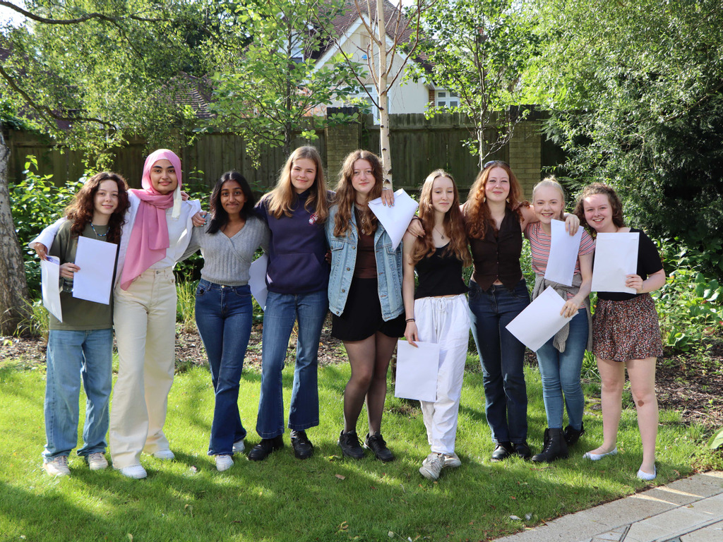 Oxford High School students celebrate their GCSE results