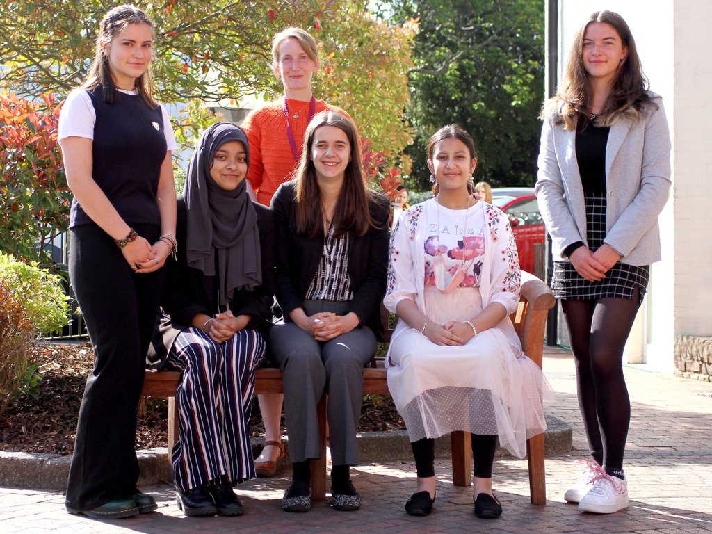 Portsmouth High School – Head Girls announce support for Portsmouth based charity Friends Without Borders